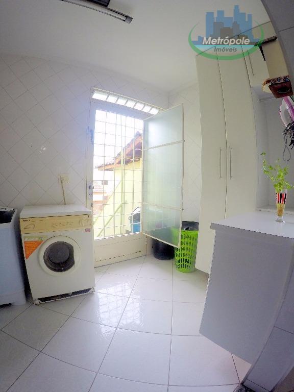Sobrado de 3 dormitórios em Jardim Bom Clima, Guarulhos - SP