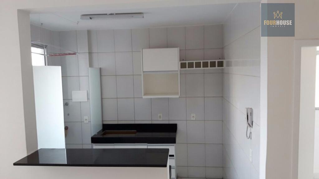 Apartamento residencial à venda, Gávea, Uberlândia - AP0202.