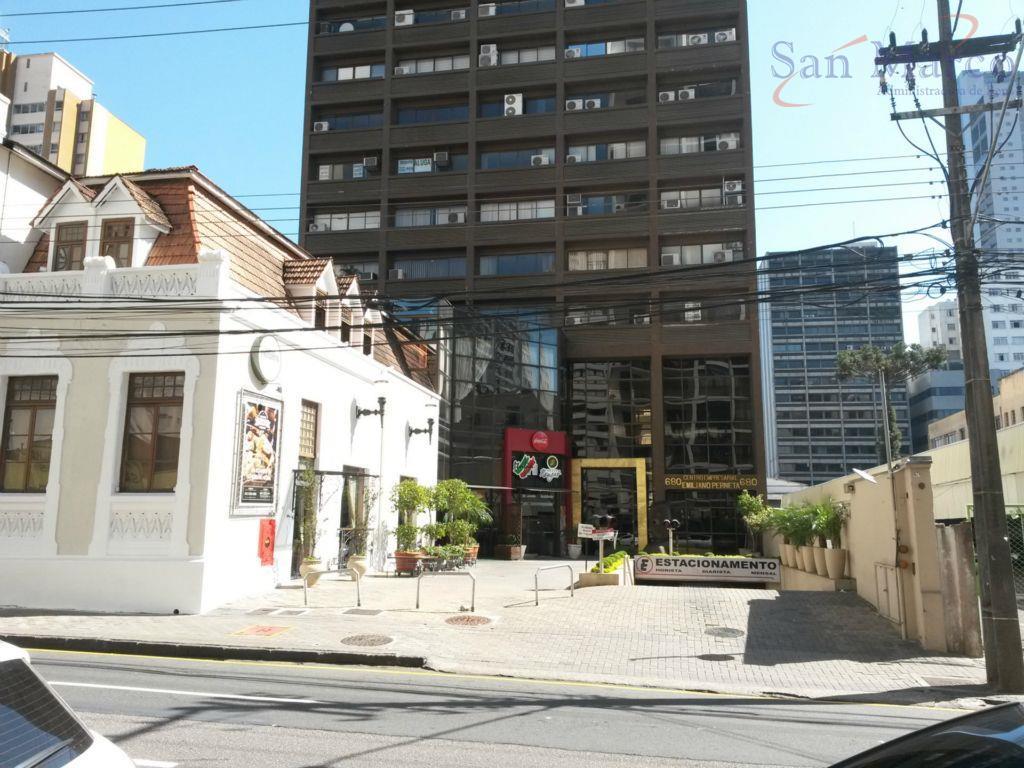 Conjunto comercial para locação, Centro, Emiliano Perneta, Curitiba.