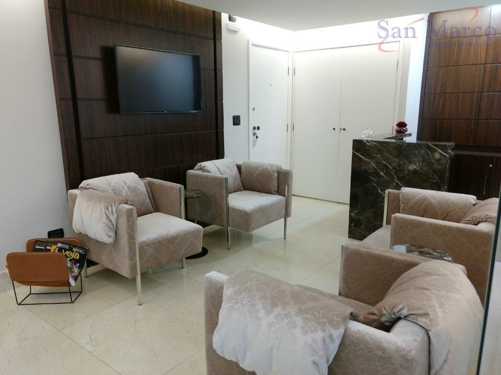 Conjunto comercial mobiliado, locação, Centro, Curitiba. Centro Comercial Italia, R Marechal Deodoro 630, Shopping Itália