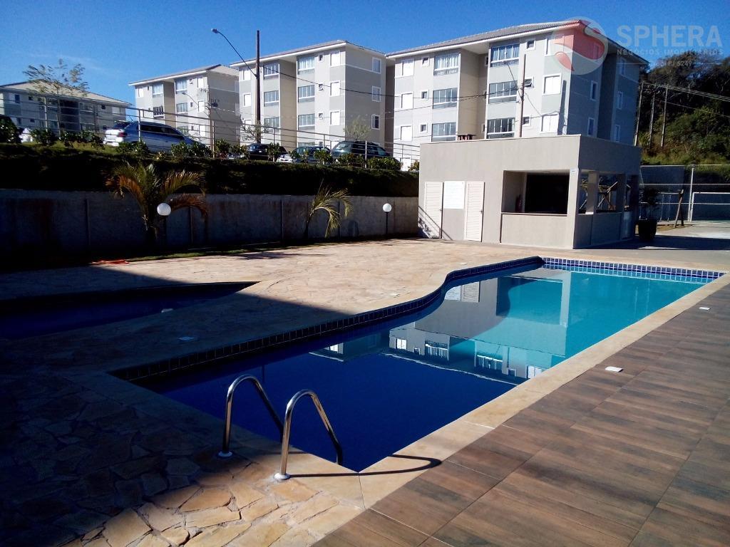 Apartamento com 2 dormitórios para alugar, 50 m² por R$ 550/mês
