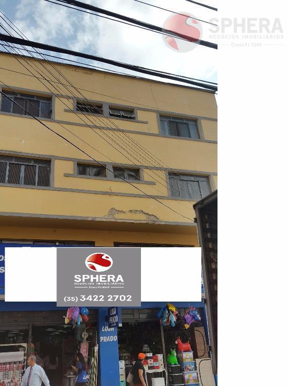 Apartamento residencial para locação, Centro, Pouso Alegre.