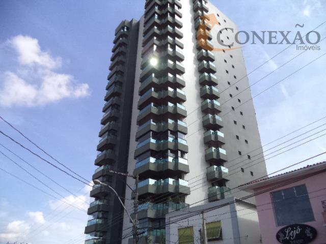 Apartamento todo planejado no melhor prédio de São Carlos. Excelente localização.