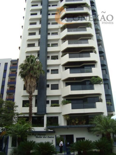 Apartamento com 3 dormitórios para alugar, 198 m² por R$ 2.000,00/mês - Centro - São Carlos/SP