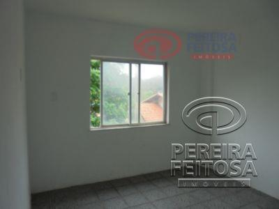 composto sala de estar/jantar, um quarto, uma suite, banheiro social, cozinha, área de serviço, banheiro social...