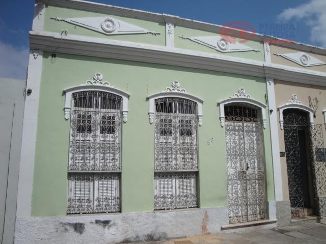 Casa residencial para venda e locação, Centro, São Luís - CA0949.