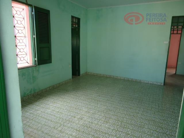 casa composta de 3 salas, sala de jantar, 6 suítes, 7 banheiros social, jardim de inverno,...