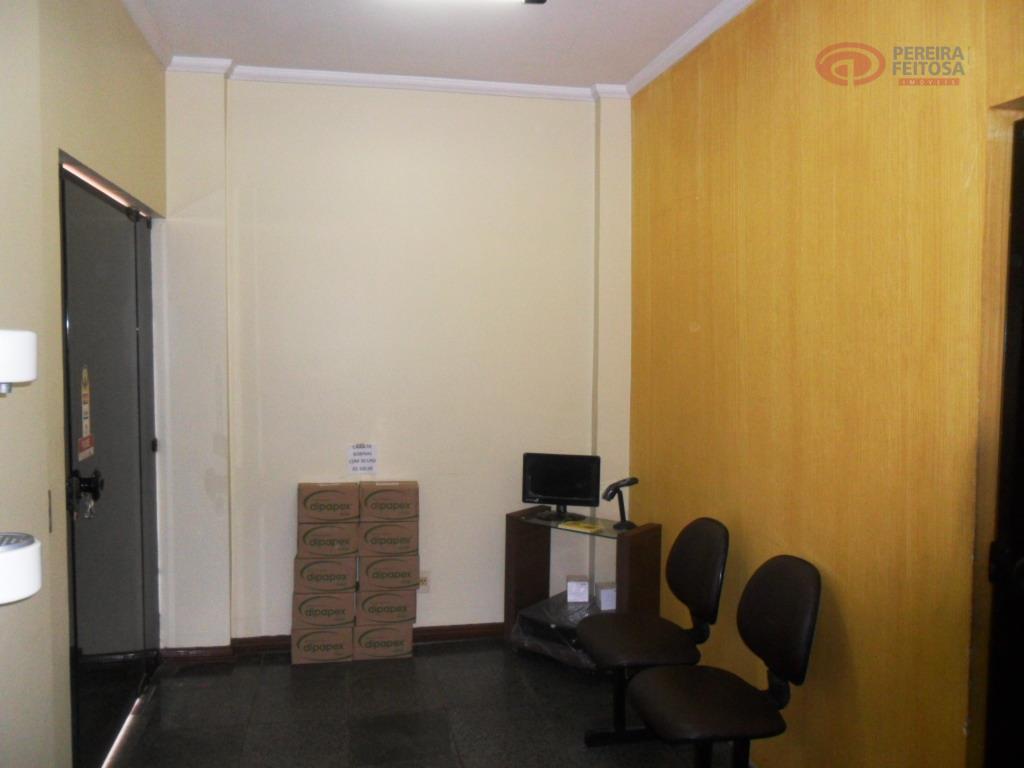 prédio comercial composto de 03 pavimentos com as seguintes dependências: térreo composto de recepção, copa, banheiro...