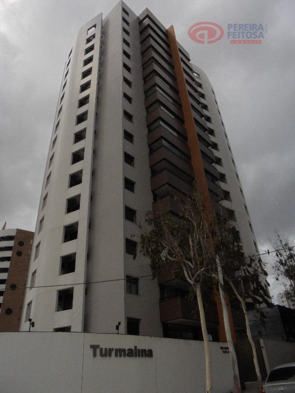 Apartamento residencial para locação, Renascença, São Luís - AP1276.