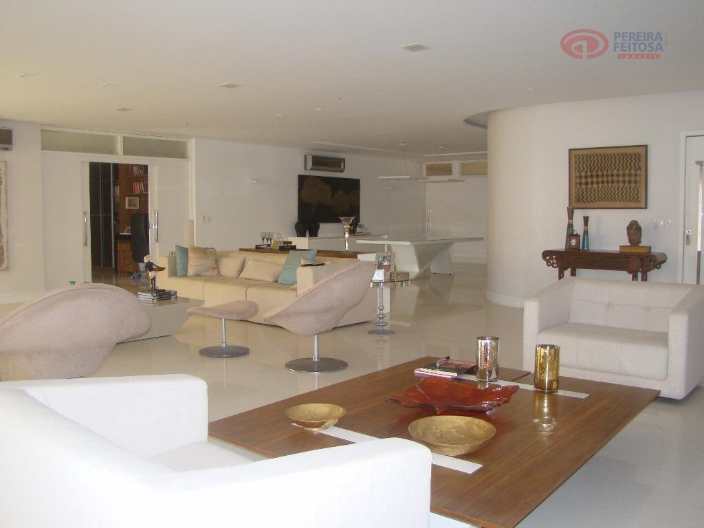 apartamento com 426m² de área privativa composto de sala de estar/jantar e vídeo, varanda, lavabo, escritório,...