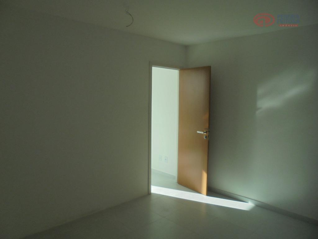 sala com 44,47m² composta por um lavabo e uma vaga de garagem.