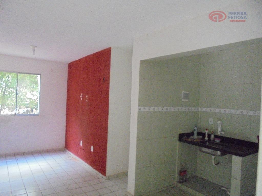 Apartamento residencial para locação, Bequimão, São Luís - AP0914.