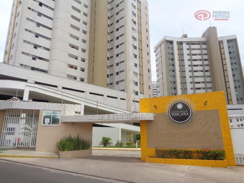 Apartamento residencial à venda, Ponta do Farol, São Luís - AP1726.