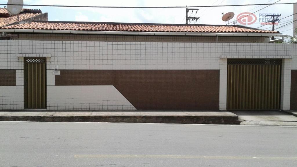 Casa residencial à venda, Cohafuma, São Luís.