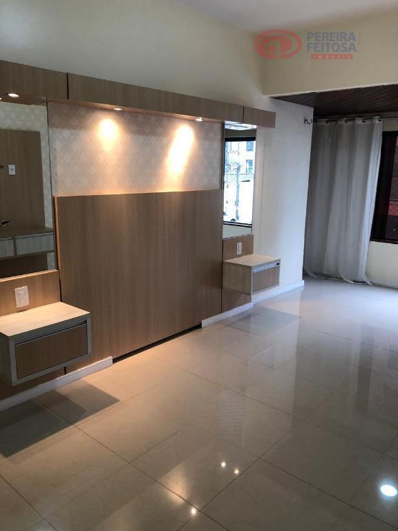 Apartamento com 3 dormitórios à venda por R$ 550.000 - Jardim Renascença - São Luís/MA