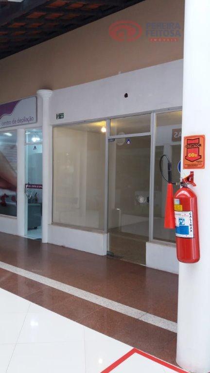 loja térrea frente corredor medindo 20,00 m² mais mezanino com 20,00 m².área comum composto de banheiro...