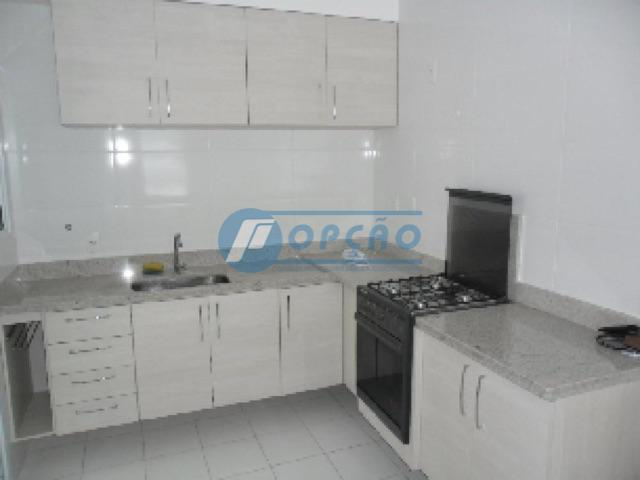 belo apartamento, 2 dormitórios, 2 suítes, armários planejados, sala 2 ambientes, varanda fechada, cozinha tipo americana,...