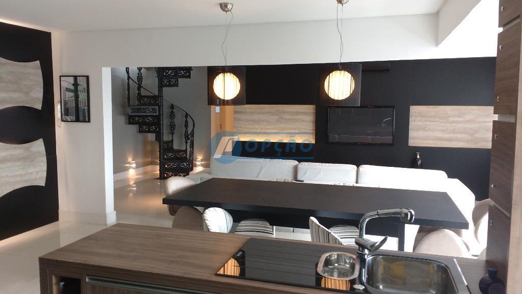 boqueirão - santos, cobertura finamente decorada, 1º andar, 2 dormitórios, sendo 1 dormitórios modificado para suíte...