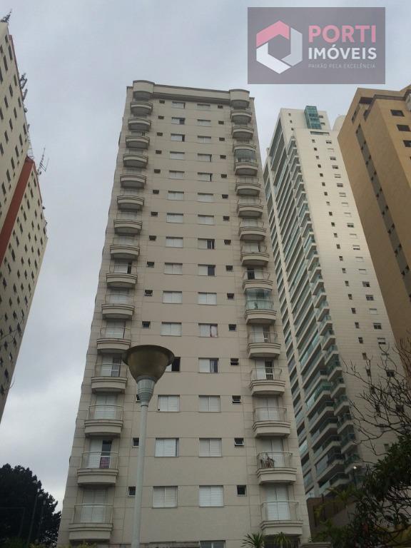 Apartamento mobiliado no Centro de Alphaville