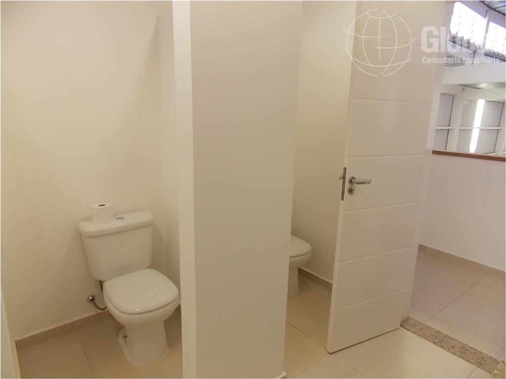 galpão industrial no condomínio zeta, novíssimo (1º locação), diferenciado com área administrativa em alto padrão, 1000...