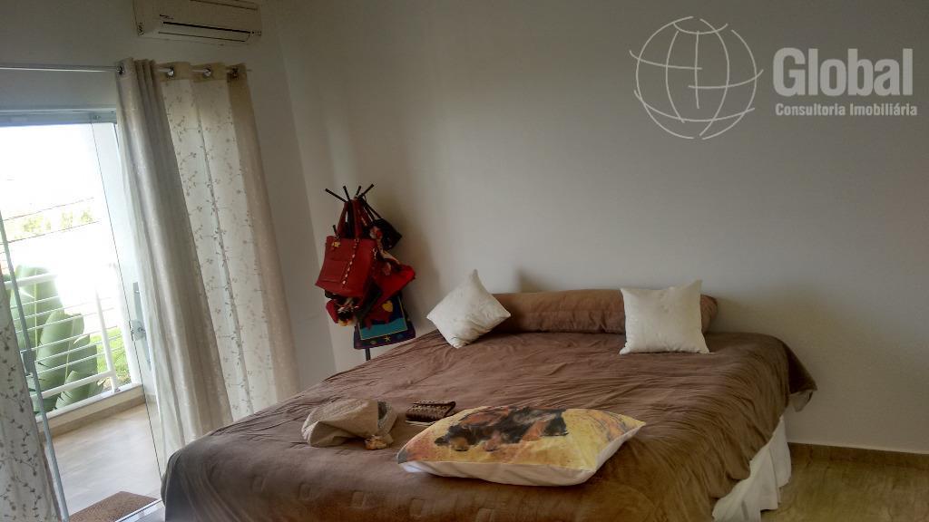 belíssimo sobrado, 2 dormitórios (1 suíte) com opção para o terceiro dormitório, closet, sacada, armários planejados...