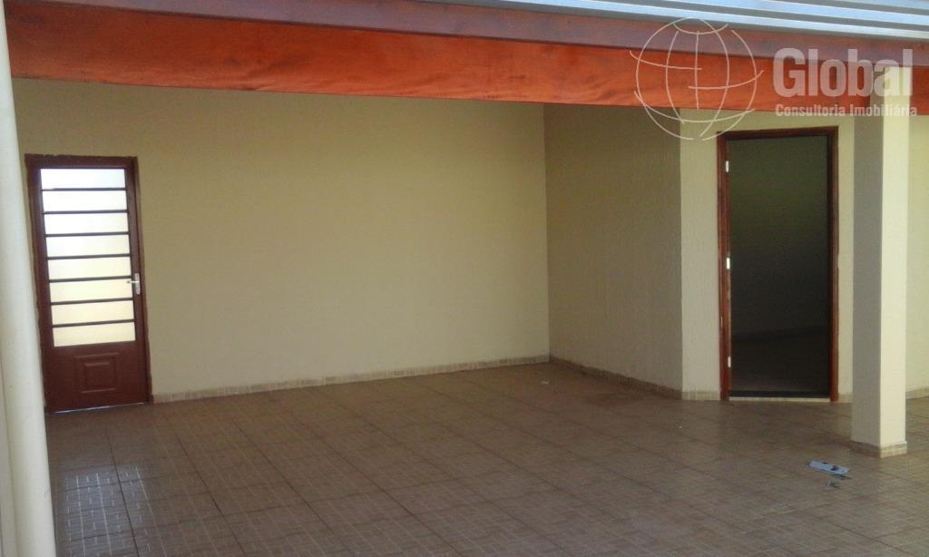 Casa com 3 dormitórios para alugar, 160 m² por R$ 2.000/mês - Jardim das Palmeiras - Sumaré/SP