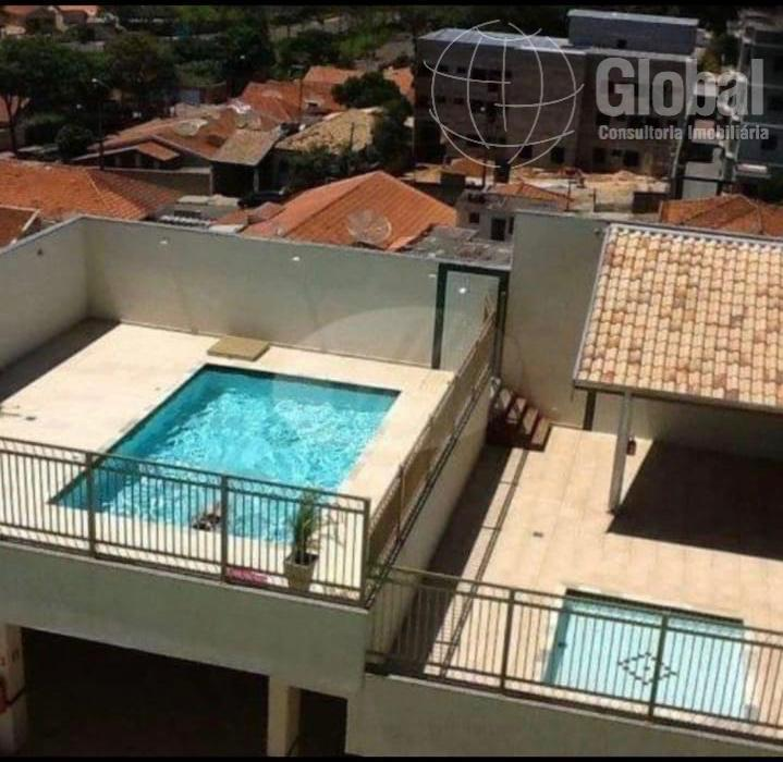 ótimo apartamento no centro da cidade com 3 dormitórios (1 suíte), armários embutidos, living para 3...