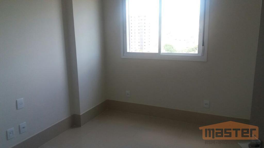 todos os santos: vende-se excelente apartamento c/ composto por sala p/ 03 ambientes, 04 quartos(02 suítes...