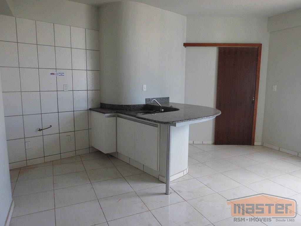 excelente kitinete composta por sala de estar, 01 quarto, banho social com box e armário, cozinha...