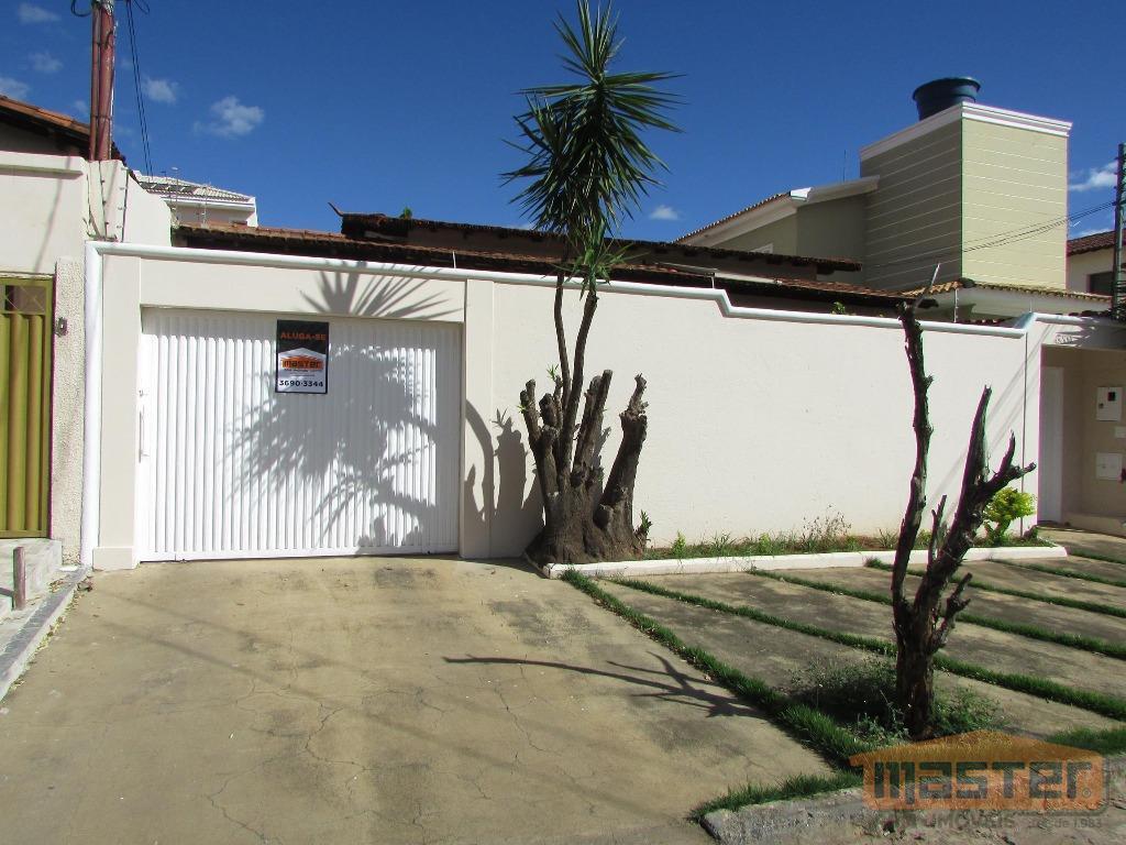 Casa residencial à venda, Jardim São Luiz, Montes Claros.