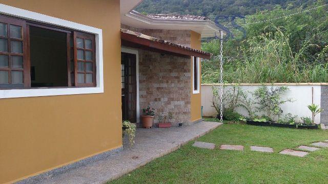 Casa com 3 dormitórios à venda, 120 m² por R$ 500.000 - Massaguaçu - Caraguatatuba/SP