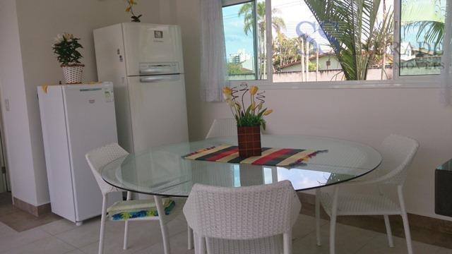 casa alto padrão no condomínio fechado costa nova com 340m de área construída e 456m de...