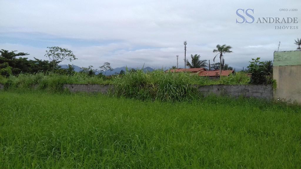 área a 100m da praia da das palmeiras, com 2.000m² de área total, excelente para construtores,...
