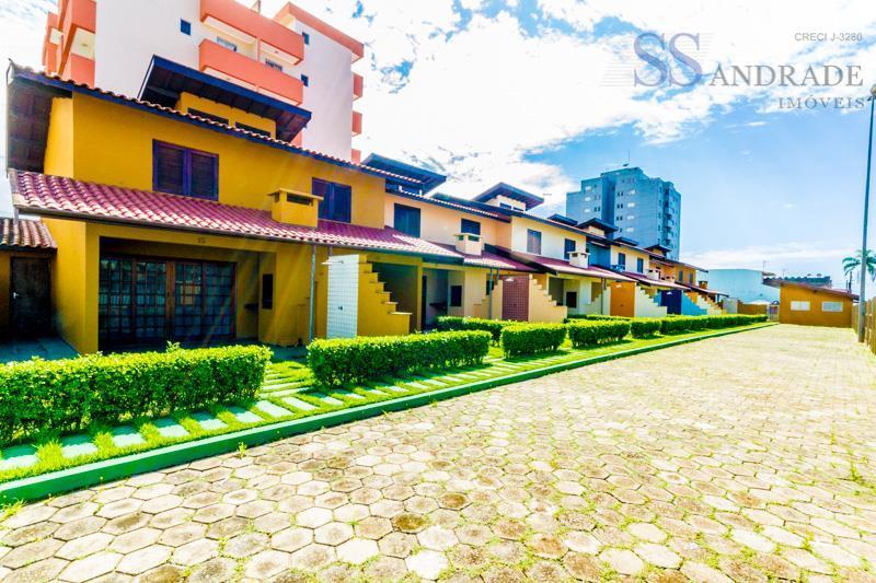 Oportunidade, residencial á 150m da praia Massaguaçu, com área de lazer completo. Aceita financiamento bancário.