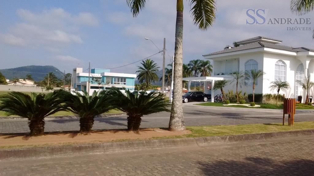 Oportunidade, ótimo preço no Cond. fechado Costa Nova na praia Massaguaçu