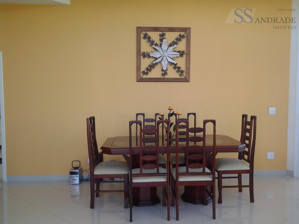 imóvel alto padrão com 280m² de área construída e 360m² de área total, possui 05 suítes...