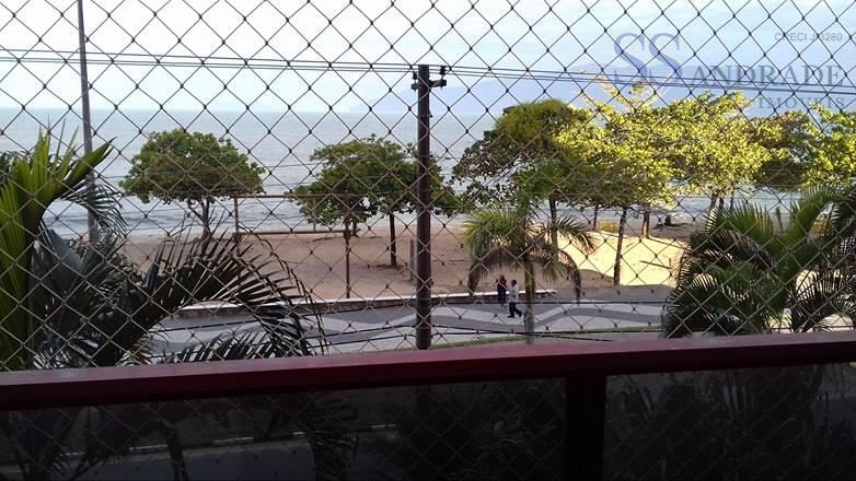 apartamento com com vista total para a praia martin de sá, com 92m² de área construída...