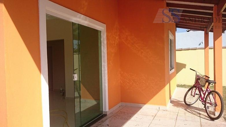 imóvel novo com 77m² de área construída e 275m² de área total, possui 02 dorm (01...