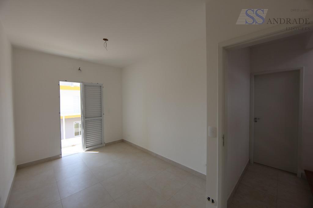 residencial triplex novo em fase de acabamento com 140m² de área construída e 150m² de área...