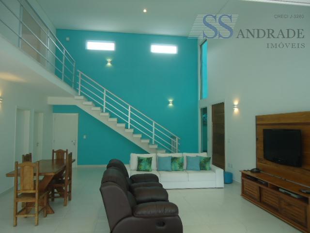 imóvel de alto padrão com 468m² de área total e 213m² de área construída, possui 04...