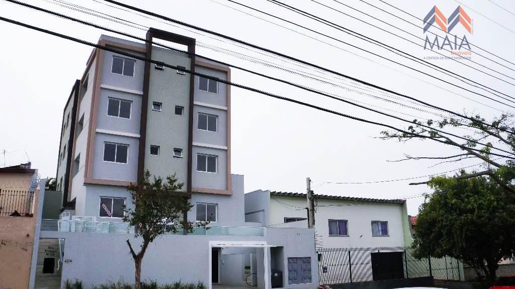 Apartamento à venda com 02 Dormitórios, sendo 01 Suíte, a DOIS minutos do CENTRO de Curitiba.  - Curitiba