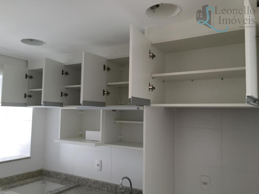 Apartamento residencial para venda e locação, 57m², 2 dorm, 2 vagas, Bairro Jardim, Santo André.