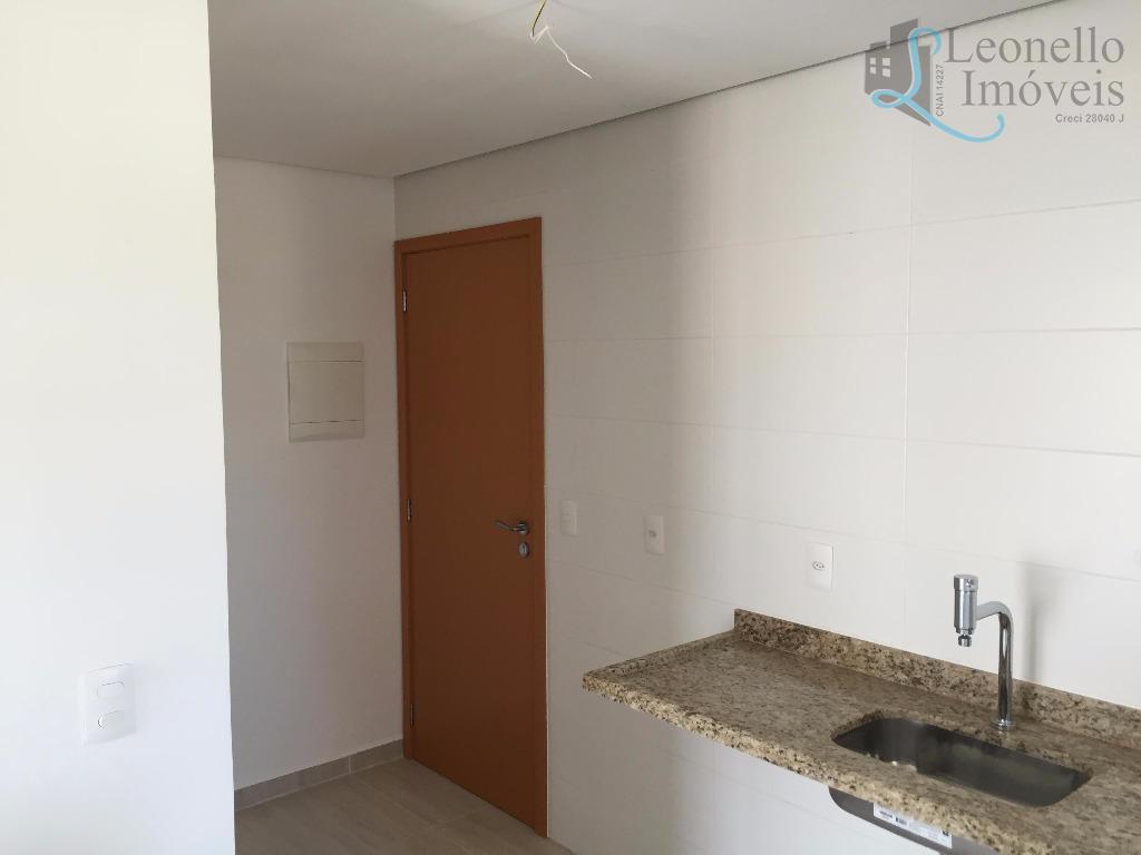 Apartamento  residencial à venda, 67m², 2 dorm, 2 wc, 2 vagas e com terraço gourmet!  Vila Gilda, Santo André.
