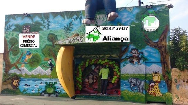 Galpão na Vila Carmosina, 500 mts com salão de festas funcionando