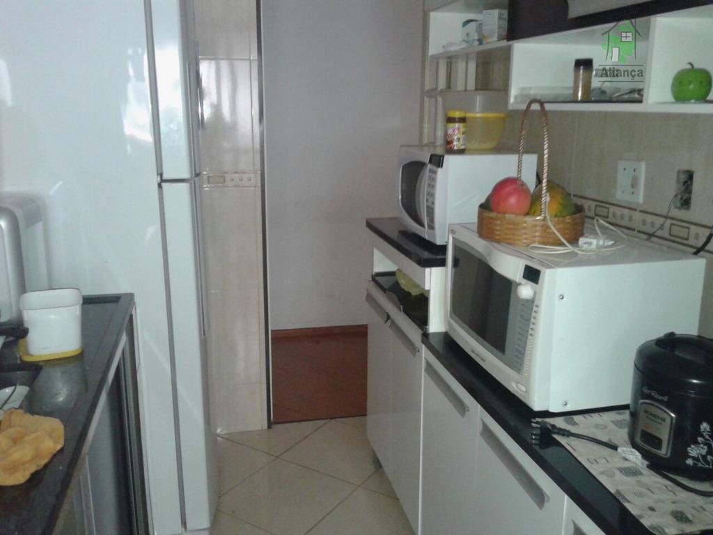 excelente apartamento em cidade lider. proximo ao parque do carmo, são 03 dormitórios, sala dois ambientes...