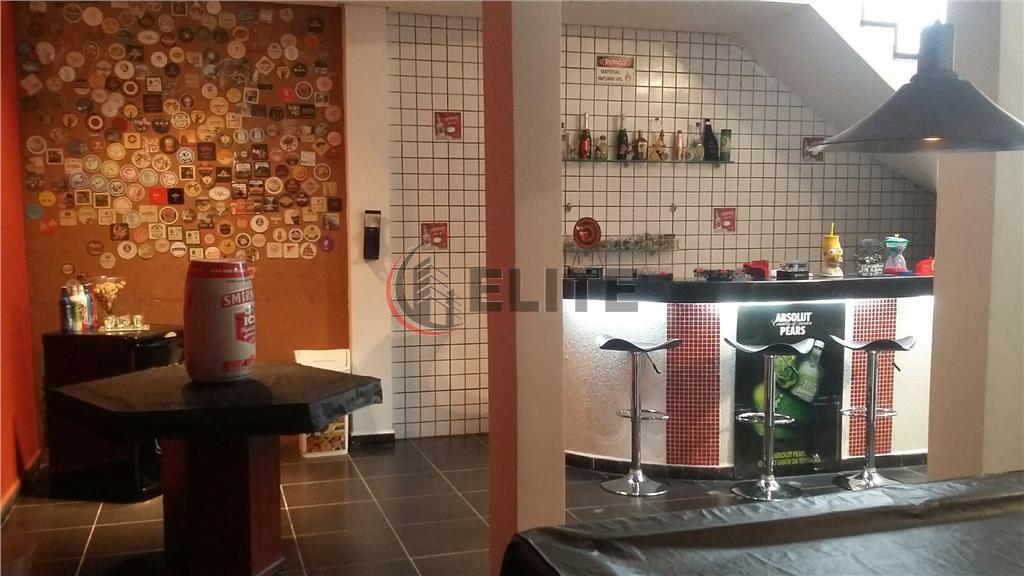 sobrado maravilhoso, fino acabamento! living 2 ambientes integrados com a cozinha planejada, sala de jantar e...