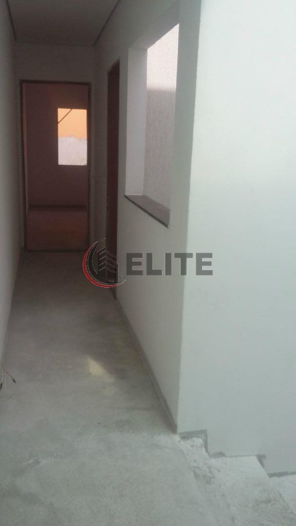 sobrado com 3 suites super amplas,preparadas para cabeamento de televisão e computador, sendo 1 suite com...