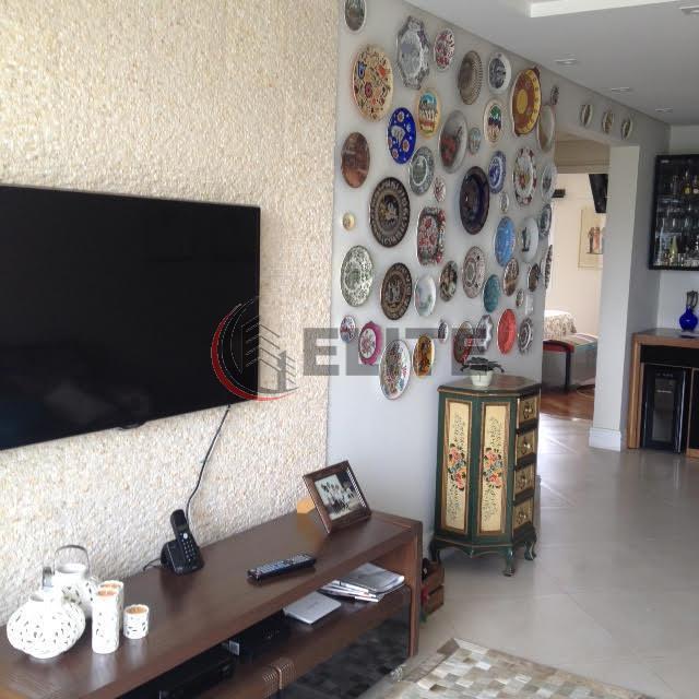 Show de apartamento com 2 Suítes- Baeta Neves/SBC