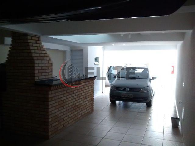lindíssimo sobrado na vila bastos/ s.andré. são 200m² de área construída. 03 dormitórios planejados (1 suíte...