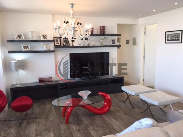 Apartamento Novo, 3 suites, todas com terraço, sendo 1 fechada com envidraçamento,  2 vagas de garagens